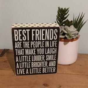 Primatives By Kathy Best Friend Box Sign